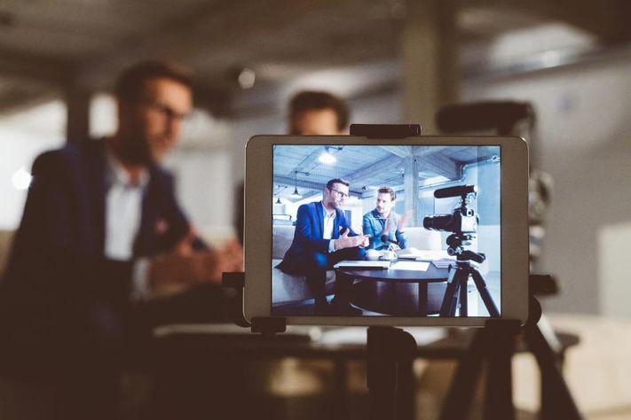 ویدیو مصاحبه با متخصصان